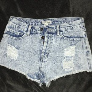 Forever 21 Jean Shorts size 26